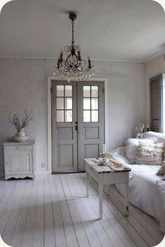31 beautiful french farmhouse style moments {decor inspiration intended for adorable french farmhouse decor for House Design, Farm House Living Room, Interior, Home, Chic Living, House Interior, French Farmhouse Style, Shabby Chic Homes, French Farmhouse Decor
