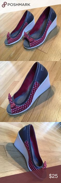 Cute! BC footwear wedge heels size 7 Cute! BC footwear wedge heels size 7. Open toe with Decorative bow accent. Wedge heels approximately 3 inches. Leather upper. Contrasting Red and white polkadots, gray, and white colors. Used BC Footwear Shoes Wedges