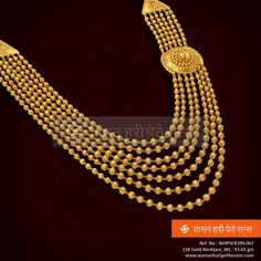 Authentic yet trendy, A perfect wedding wear! Indian Jewelry Sets, Indian Wedding Jewelry, Bridal Jewelry, India Jewelry, Indian Bridal, Gold Bangles Design, Gold Earrings Designs, Gold Jewellery Design, Gold Jewelry Simple