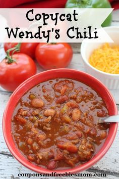 Copycat Wendy's Chili ~ An easy, delicious chili recipe. Can be apapted for your slow cooker too! You won't believe how similar this tastes to the original! Chili Recipes, Copycat Recipes, Slow Cooker Recipes, Crockpot Recipes, Soup Recipes, Dinner Recipes, Cooking Recipes, Freezer Cooking, Homemade Chili Crockpot