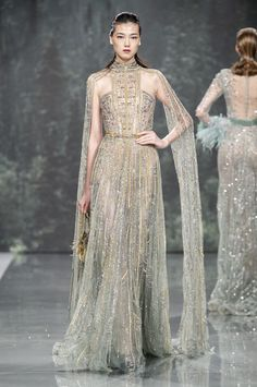 Haute Couture Gowns, Style Couture, Haute Couture Fashion, Couture Dresses, Fashion Dresses, Maxi Dresses, Fashion Trends 2018, Runway Fashion, Fashion Show