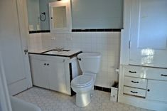 how-to-remodel-a-1950s-bathroom-Dgae