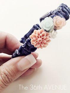 Adjustable bracelet made with ribbon