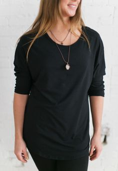 Made out of high quality super soft bamboo/cotton jersey this tunic will be come a staple piece in your wardrobe! Comfortable Fashion, Comfortable Outfits, Shop Local, Bra Straps, Scalloped Hem, Staple Pieces, Capsule Wardrobe, Tiramisu, Black Tops