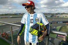 Rossi con la maglia di Maradona vince il Gp di Argentina di MotoGP