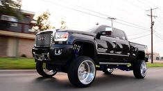 2015 Gmc Denali Built On A 10 Inch Fts Lift And 26x16 Wheels From