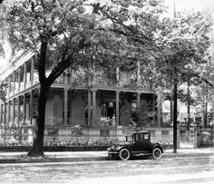 1920's view of 1410 Jackson Avenue. Built as a private house, it later became the Soule Business College..