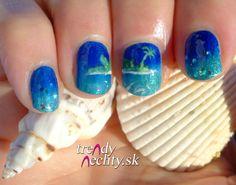 nail art, nail design, holiday manicure
