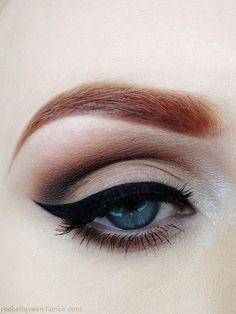 Maquiagem: Inspirações de delineador gatinho para arrasar no look