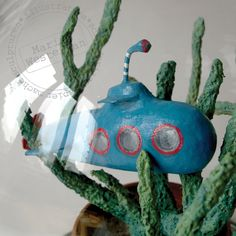 Miraculeuse monde sous-marin   The wonderful world from below the sea. Made by Marion Westerman