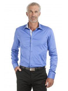 Chemise coupe cintrée en satin de coton bleu