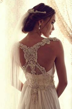Wedding dress back lace