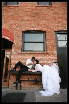 Cool photo idea for wedding or Trash the dress