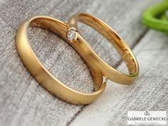 Eheringe - Eheringe mit Brillant, 585 Rosègold, 3069 - ein Designerstück von Schmuckbotschaften bei DaWanda