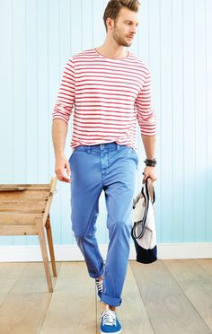 Homens de Camisas e blusas para te inspirar a usar listras! Gents Fashion, Sport Fashion, Fashion Outfits, Fashion Men, Latest Mens Fashion, Urban Fashion, Great Clothes For Men, Stylish Men, Men Casual