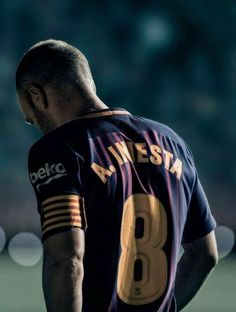 Maestro andres inesta you will always be remembered, is Barcelona because of you ❤️ Best Football Players, Football Is Life, Football Match, Soccer Players, Football Soccer, Barcelona Players, Barcelona Football, Xavi Iniesta, Fc Barcelona