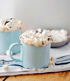 Hot chocolate is one of winter's signature sips, and this winter, it's getting an upgrade thanks to Lark & Linen and her decadent Nutella hot chocolate recipe . Trust us, this chocolate heaven in a cu. Hot Cocoa Recipe, Cocoa Recipes, Hot Chocolate Recipes, Slow Cooker Desserts, Cooker Recipes, New Year's Desserts, Dessert Recipes, Icing Recipes, Pudding Recipes