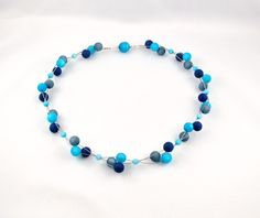 3 Strang Kette mit Polaris Perlen in blau-tönen von mia's dekostube auf DaWanda.com