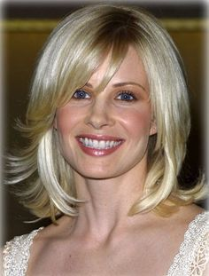 shoulder length hair that flips up - Google Search