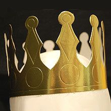 "Must have a gold ""King"" (or Queen) Crown"