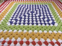 Google Image Result for http://carriewolf.net/blogimages/Carrie-Wolf-crochet-afghan-granny-6055177.jpg