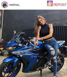 Girls on bike (motorcycle) girls biker - a biker Braut - Motorrad Girl Riding Motorcycle, Motorcycle Bike, Biker Girl, Biker Chic, Scooter Girl, Bike Rider, Hot Bikes, Super Bikes, Car Girls