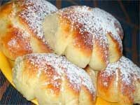 New cheese bread recipe yeast ideas Russian Desserts, German Desserts, Ukrainian Recipes, Russian Recipes, Sweet Pastries, Bread And Pastries, Bread Recipes, Baking Recipes, Homemade Dinner Rolls