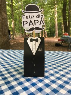 Día del padre Father's Day Celebration, Father's Day Diy, Fathers Day Crafts, 50th Birthday, Diy Cards, Photo Props, Centerpieces, Projects To Try, Gifts
