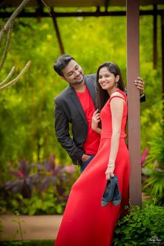 "Freezing Frames Photography ""Portfolio"" Love Story Shot - Bride and Groom in a Nice Outfits. Best Locations WeddingNet #weddingnet #indianwedding #lovestory #photoshoot #inspiration #couple #love #destination #location #lovely #places"
