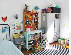 pour mes jolis mômes, mais pas que. Baby Bedroom, Baby Boy Rooms, Girls Bedroom, Colorful Apartment, Toddler Rooms, Kids Rooms, Kid Spaces, Kids Decor, Girl Room