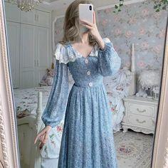 Old Fashion Dresses, Modest Fashion, Fashion Outfits, Kawaii Fashion, Cute Fashion, Girl Fashion, Pretty Outfits, Pretty Dresses, Beautiful Outfits