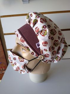 Small Sewing Projects, Sewing Hacks, Scrub Hat Patterns, Nurse Hat, Hat Tutorial, Apron Designs, Scrub Hats, Scarf Hairstyles, Fashion Sewing