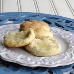These are for sour cream lovers.  Try them with real butter and Tupelo honey . . .