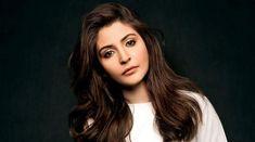 Bollywood Stars, Top 10 Bollywood Actress, Bollywood News, Indian Bollywood, Anushka Sharma Songs, Anushka Sharma Biography, Vogue Photoshoot, Actress Anushka, Star Wars