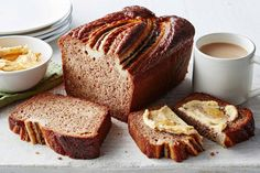 Pair your morning coffee with this chai-spiced banana bread served warm out of the oven with honey and cinnamon butter. Banana Bread Recipe With Butter, Cinnamon Butter, Gluten Free Banana Bread, Easy Banana Bread, Butter Recipe, Banana Bread Recipes, Honey And Cinnamon, Ground Cinnamon, Healthy Snacks For Diabetics