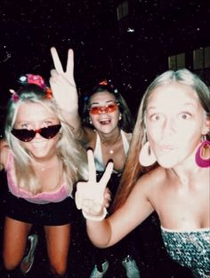 Best Picture For cute summer outfits for school For Your Taste You are looking for someth Bff Pics, Cute Friend Pictures, Best Friend Pictures, Cute Pictures, Friend Pics, Beautiful Pictures, Party Pictures, Summer Aesthetic, Festivals
