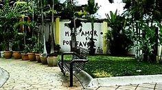 Más amor, por favor.  #streetart #lavidaesarte