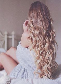 Golden brown ombre hair to blonde, natural beach waves, hair trend of 2015