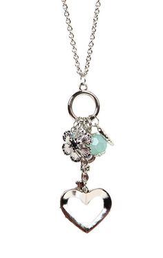 Very nice necklace.