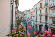 Do, Eat, Stay in Sorrento, Italy - FREE & ADDICTED