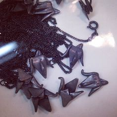 Oxidizing a batch of 3D printed silver crane necklaces. #etsy #etsyCA #etsyshop #etsyseller #etsymictoronto #etsymadeincanada #toronto #yyz #416 #handmade #3dprinting #3dprinted #jewelry #paper #papercrane #necklace #origami #tsuru #origamicrane #faitalamain by folditcreations