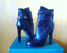 Lisa for Donald J Pliner Robbie Black Vachetta Leather Women's Boots Size: 7 M