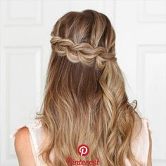 Braided Hairstyles for Long Hair hair tutorial video More from my site How to Braid? 20 Braid Hairstyles video Tutorials in 2019 Unique braided updo for medium / long hair tutorial Pull through Braid Video Tutorial hairstyles for long hair videos Long Hair Braided Hairstyles, Braids For Long Hair, Easy Hairstyles, Hairstyle Ideas, Hair Updo, Hairstyle Tutorials, Hairstyles For Medium Length Hair Easy, Newest Hairstyles, Spring Hairstyles
