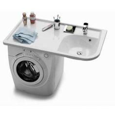 Un plan-vasque qui se met au-dessus de la machine à laver.