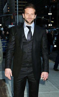 Black Men Tuxedos Wedding Suits For Men Peaked Lapel Men Star Suits Slim Fit 3 Pieces Men Wedding Suits (Jacket+Pants+Vest)