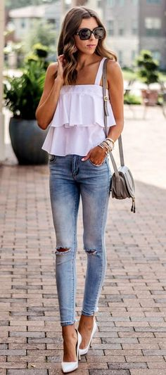 Take a look at the best summer outfits for skinny girls in the photos below and get ideas for your outfits! / Sleeveless Striped Top + Black Skinny Pants Image source Cute Summer Outfits For Teens 56 Image… Continue Reading → Fashion Mode, Look Fashion, Womens Fashion, Fashion News, Petite Fashion, Classy Summer Outfits, Casual Outfits, Work Outfits, Spring Outfits