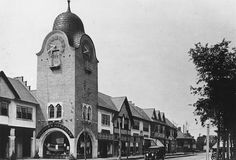 The history of Lake Forest, Illinois by Scott Holleran