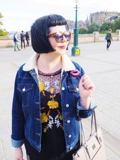 Tortoiseshell sunglasses and shearling for a sunny but windy day   http://misswestendgirl.com/the-great-city-swap/