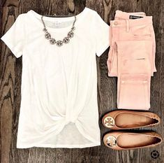 Blush Pink Jeans and BP white twist front pre knotted tee. Tory burch cognac an… Blush Pink Jeans and BP white twist front pre knotted tee. Tory burch cognac and gold minnie travel flats and baublebar statement necklace. Casual Spring weekend look. Mode Outfits, Casual Outfits, Fashion Outfits, Womens Fashion, Diy Outfits, Jeans Fashion, Fashion Clothes, Chic Summer Outfits, Spring Dresses Casual