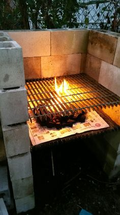Create a BBQ grill from cinder blocks